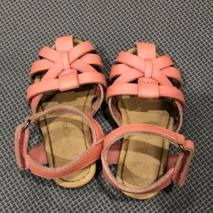 Girls Size 5 Pink Leather Sandals